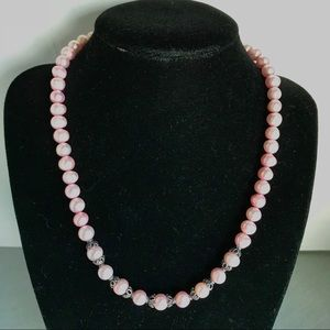 Jewelry - Pink pearl with sterling silver bead caps & clasp